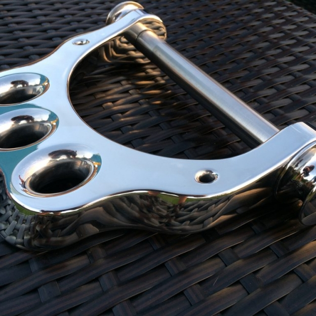 Knuckle Duster